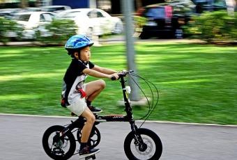 cykelhjelm til baby og småbørn