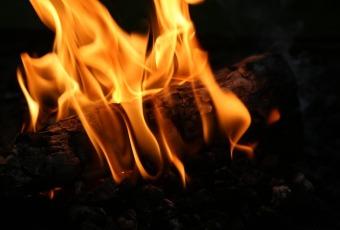 montering og opsætning af brændeovn