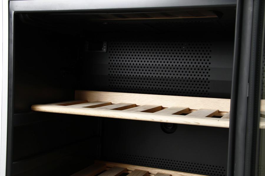 Der er kræset for detaljerne på dette Bosch vinkøleskab