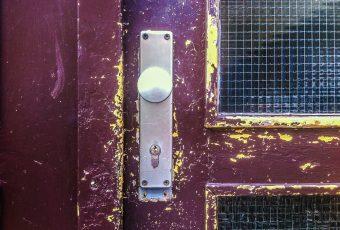 pris på maling af døre